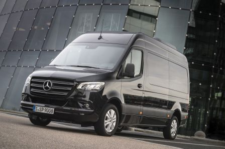 Kastenwagen, Pritschenwagen, Fahrgestell, Bus oder Triebkopf als Basis für Aufbauten, drei verschiedene Antriebskonzepte, unterschiedliche Längen, Höhen und Tonnagen: Foto: Mercedes