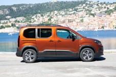 Dank klarer, kastiger Form bietet der Rifter ein großes Platzangebot. © Peugeot