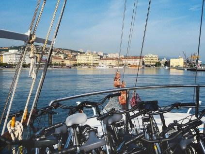 """Neu bei TUI ist die achttägige Schiffsrundreise """"Inselhüpfen mit dem Fahrrad"""" durch die nordkroatische Inselwelt mit geführten Radtouren auf Krk, Rab, Pag, Losinj. Foto: TUI"""