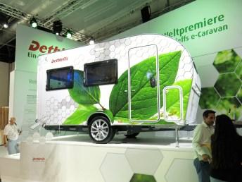 Dethleffs präsentiert den ersten E-Caravan mit eigenem elektrischen Antrieb, der in Kooperation mit ZF entstanden ist.