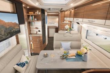 Schöner wohnen: Im Globetrotter XXL fehlt es den Reisenden weder an Platz noch an Luxus. © Dethleffs
