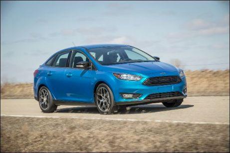 Ford geht mit einer Falschfahrer-Warnfunktion im neuen Focus auf Kundenfang. © Ford