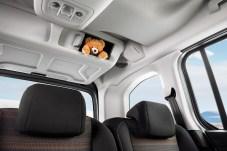 Die Ablagemöglichkeiten im Opel Combo Life sind schier unzählbar. Foto: Opel