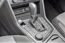 Der Dreh-Schalter zur Wahl der Fahrmodi ist im VW Tiguan gut erreichbar in der Mittelkonsole positioniert. Foto: Volkswagen