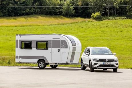 Das Gespannfahren mit dem Coco ist auch für Caravan-Neulinge kein Problem. © Dethleffs
