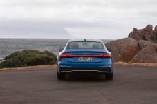 Die Rückleuchten des A7 Sportback bilden ein durchgehendes Band. © Audi