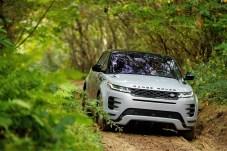 """""""Auch unter dem Blech ist der Evoque mit vielen technologischen Innovationen ein Trendsetter"""", betont Nick Rogers, Direktor Product Engineering bei Jaguar Land Rover. © Land Rover"""