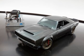 "1968 Dodge ""Super Charger"" Concept und der ""Hellephant""-Motor. Foto: Auto-Medienportal.Net/FCA"