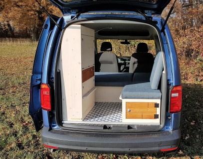 Natürliche Reisemobile verwandelt den Hochdachkombi in einen Minicamper. Foto: Auto-Medienportal.Net/Natürliche Reisemobile
