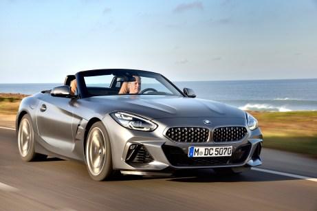 Eine klare, präzise Formensprache und charakteristische Details kennzeichnen das emotionsstarke und puristische Exterieurdesign des neuen BMW Z4. Foto: BMW