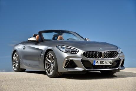 Serienmäßig ist der neue BMW Z4 mit LEDScheinwerfern ausgestattet. Die optionalen Adaptiven LED-Scheinwerfer bieten eine Matrix-Funktion für blendfreies Fernlicht und Kurvenlicht. Foto: BMW