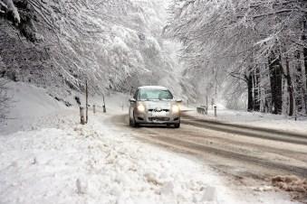 Schneeglätte ist nicht immer das große Problem - Reif- und Eisglätte sind wesentlich tückischer. Foto: clipdealer.de