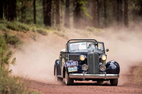 "Rally the Globe""-Gründungsmitglied Jim Gately in einem Cadillac Convertible, Baujahr 1937. Foto: Auto-Medienportal.Net/Rally the Globe"