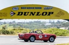 """""""Rally the Globe""""-Gründungsmitglieder David und Jo Roberts mit ihrem Triumph TR 250 von 1968. Foto: Auto-Medienportal.Net/Rally the Globe"""