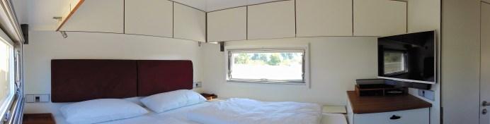 Im Heck befindet sich das geräumige Schlafzimmer mit einem unterlüfteten und beheizten Bett und einer 180 x 200 Zentimeter großen Liegefläche. Foto: Auto-Medienportal.Net/Unicat