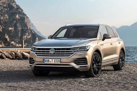 Ausgestattet mit der Konnektivität der Neuzeit sowie einer wegweisenden Fusion der Assistenz-, Komfort-, Licht- und Infotainmentsysteme, weist der neue Touareg den Weg in die Zukunft. © Volkswagen