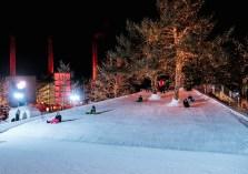 Kinder bis zwölf Jahre können auf 1100 Quadratmetern in echtem Schnee toben. Fotos: Anja Weber
