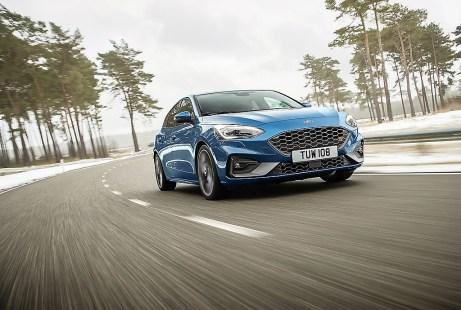 Mit neuem 2,3-Liter-Turbobenziner und zwölf Prozent mehr Leistung sowie 17 Prozent mehr Drehmoment bringt Ford den neuen Focus ST im Sommer an den Start. Foto: Auto-Medienportal.Net/Ford