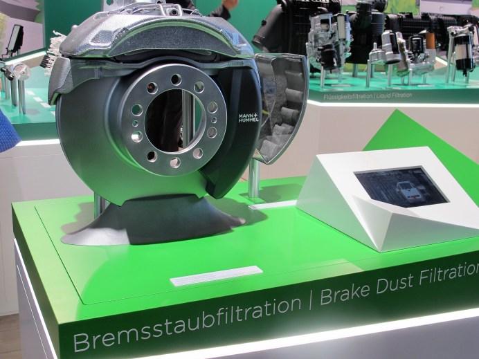 Statt in edlem Grau könnte das Filtergehäuse auch farbig gehalten werden.