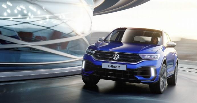 Für Sportlichkeit und Dynamik sorgen beim VW T-Roc R ein Sportfahrwerk samt Fahrzeugtieferlegung in Kombination mit einem Vierzylinder-TSI-Motor (zwei Liter Hubraum, 400 PS). © VW