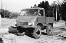 Unimog 25 PS (Baureihe 401/402), 1953. Foto: Auto-Medienportal.Net/Daimler