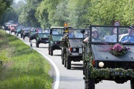 Parade alter Unimog bei Gaggnau. Foto: Auto-Medienportal.Net/Daimler
