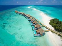 Die Wasservillen auf Kuramathi. © Universal Resorts Maldives