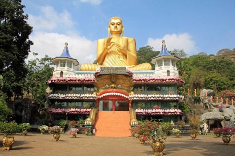 Buddha Statue und Goldener Tempel von Dambulla. © Gebeco Länder erleben