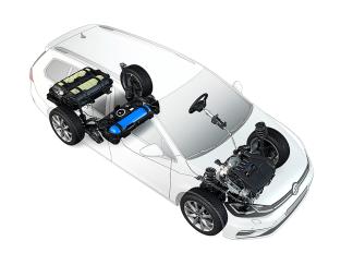 Kurz nach Bestellstart des Polo TGI und des Golf TGI gibt es nun auch den Golf Variant TGI mit umweltfreundlichem Erdgasantrieb. Das neue Modell verfügt jetzt über drei Erdgastanks – statt bislang zwei. © Volkswagen