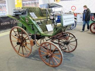 Flocken-Elektrowagen aus der Herzogstadt Coburg: Das vermutlich das erste vierrädrige Elektroauto der Welt, gebaut Jahre 1888.
