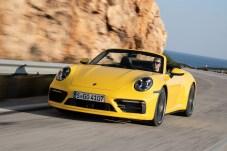 Zwölf Sekunden dauert es bis zur Glückseligkeit, mit einem Porsche und dem Himmel auf Du-und-Du zu sein. Foto: Auto-Medienportal.Net/Porsche