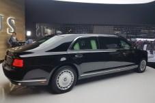 Die gepanzerte Präsidenten-Limousine von Wladimir Putin. © Jutta Bernhard / mid