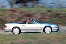 Der 1999 präsentierte Roadster ist das bis dahin stärkste Straßenfahrzeug aus der damaligen Zusammenarbeit von Mercedes-Benz und AMG. © Mercedes-Benz