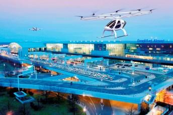 Futuristisch in jeder Beziehung: Ein Volocopter steuert den Frankfurter Flughafen an. Foto: Auto-Medienportal.Net/Volocopter