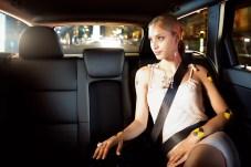 Auch auf der Rückbank können Gurte Leben retten. © Volvo