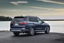 Ein großes Heck nach Art amerikanischer Full-Size-SUVs. © BMW
