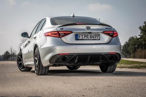 Die beiden Einstiegsvarianten des 2,2-Liter-Turbodiesels leisten sowohl in der Giulia als auch im SUV Stelvio zehn PS mehr - also 160 PS beziehungsweise 190 PS. © Alfa Romeo