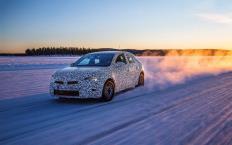 Opel verspricht, dass die sechste Generation des Corsa dank Gewichtseinsparungen und Verbesserungen unter anderem am Fahrwerk mehr Fahrspaß bringt als seine Vorgänger. © Opel