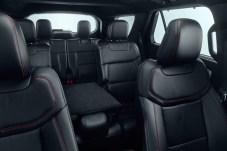 Da geht was rein: Mit einer Außenlänge von 5,05 Meter, einer Breite von 2,28 Meter und einer Höhe von 1,78 Meter kann der neue Explorer bis zu sieben Personen in drei Sitzreihen unterbringen. © Ford
