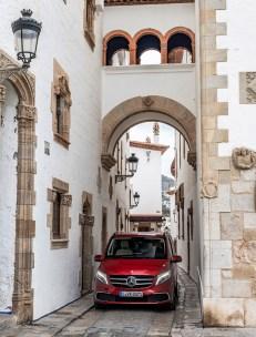 An der Front sind die optischen Auffrischungs-Maßnahmen am deutlichsten zu erkennen. © Daimler