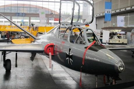 Das V-förmige Leitwerk macht die zweisitzige FOUGA Magister unverwechselbar.
