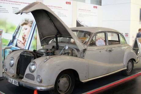 Unrestaurierter BMW 502 von Fürst von Waldburg Wolfegg auf dem GTÜ-
