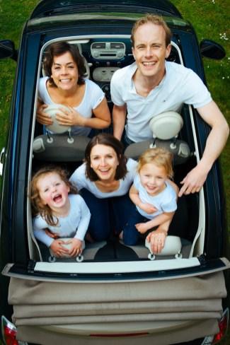 Bisschen eng im Auto: Vans und Kombis eignen sich ungleich besser als Familien-Kutsche. © tookapic / pixabay.com