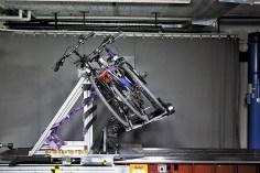 Crash-Simulation: Ein Fahrradträger mit Rädern in der ADAC Katapult-Anlage.Foto: Auto-Medienportal.Net/ADAC