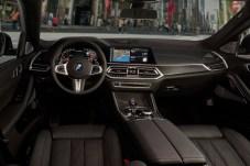 Gediegen: Gewohnte BMW-Lounge-Atmosphäre herrscht im Cockpit des X6. © BMW