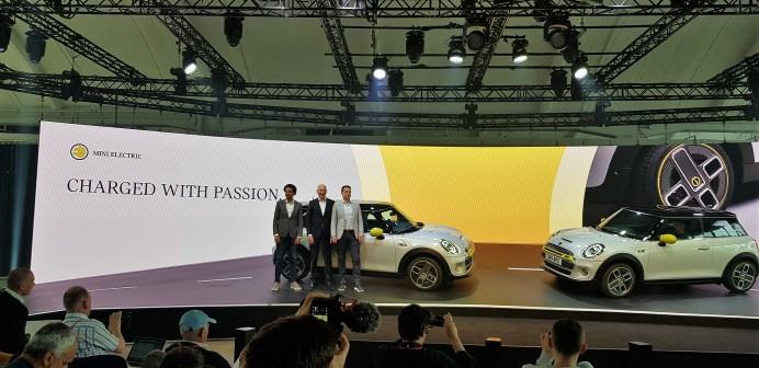 Mini-Designer Oliver Heilmer, BMW-Vertriebschef Pieter Nota, BMW-Vertriebschef, Mini-Chef Bernd Körber. Foto: Auto-Medienportal.Net/Frank Wald