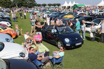 """Es hat Tradition, dass Volkswagen die """"Beetle Sunshinetour"""" vielfältig unterstützt. © Volkswagen"""