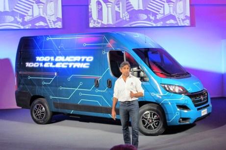 Bis auf die Beschriftung ist der Ducato Electric äußerlich unverändert.
