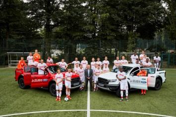 In guten wie in schlechten Zeiten: Autobauer Ford und den Fußball-Bundesligisten 1. FC Köln verbindet seit mittlerweile 25 Jahren eine erfolgreiche Partnerschaft. © Ford