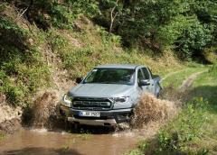 Mit seiner Wattiefe von 85 Zentimeter fürchtet er auch keine Flussdurchfahrten. © Ford
